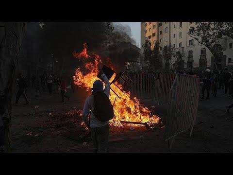 احتجاجات تشيلي تمتد من الشوارع إلى مهرجان الموسيقى الدولي…  - نشر قبل 12 ساعة