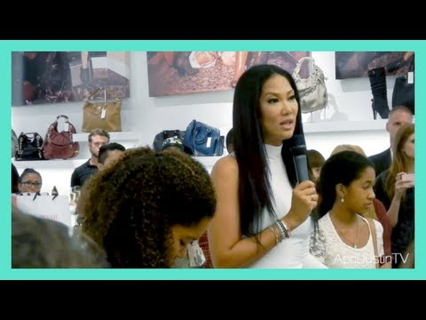 Def Jam 2K17 - Kimora Lee Simmons & Ludacris - 125 Street Station from YouTube · Duration:  3 minutes 22 seconds
