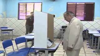 Sarney Vota em Aécio Neves 45