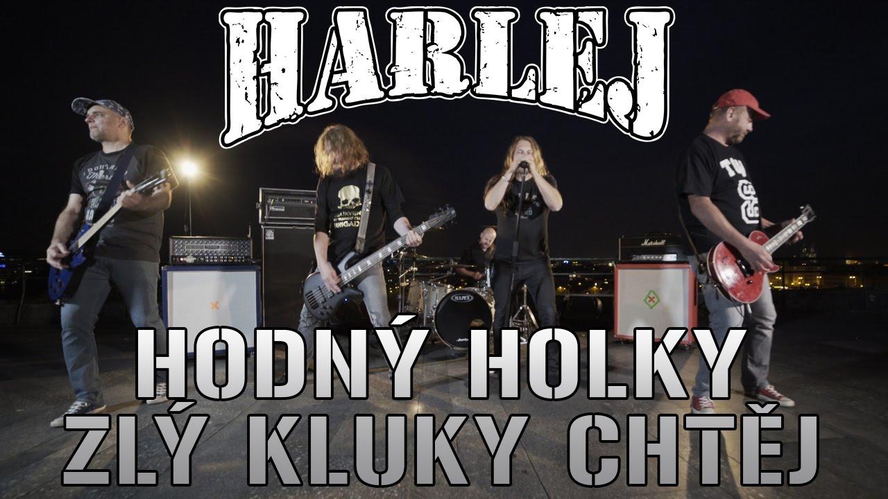 HARLEJ - HODNÝ HOLKY ZLÝ KLUKY CHTĚJ (official music video 4K) - YouTube 15c389c52c0