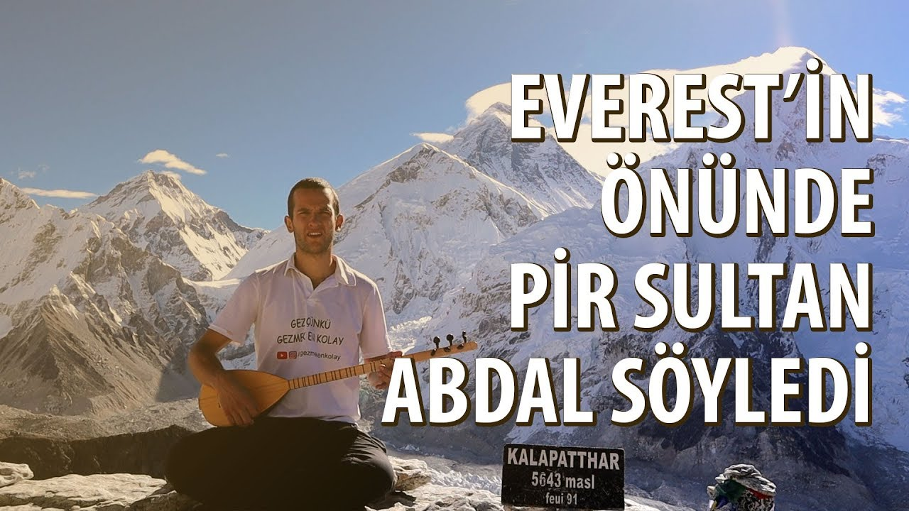 Genç Gezgin Everest'in Önünde Sazıyla Türkü Söyledi