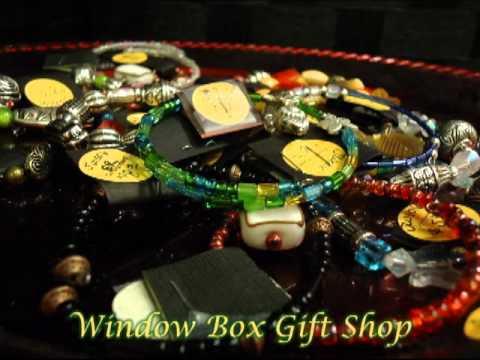 Quad City Botanical Center Window Box Gift Shop