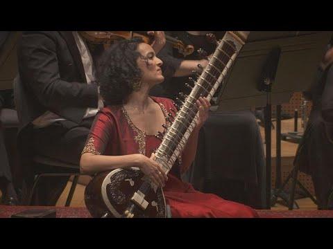 رحلة موسيقية ساحرة للفنانة أنوشكا شانكار  - 19:59-2020 / 2 / 13