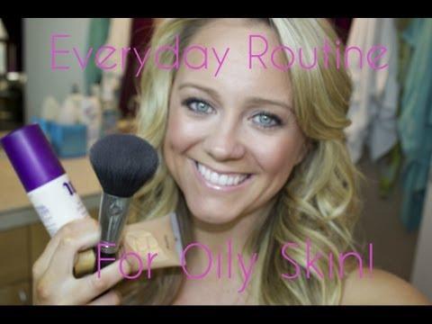 Everyday Makeup Routine for Oily Skin! thumbnail