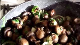 Грибочки цельные жаренные/Whole fried mushrooms