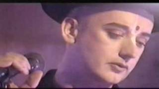 ?THE CRYING GAME - BOY GEORGE?