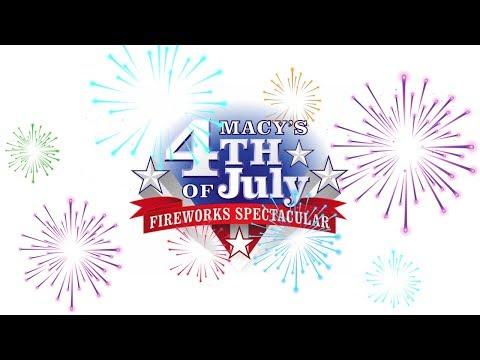 "Kelly Clarkson sings ""God Bless America"" at Macy's fireworks"