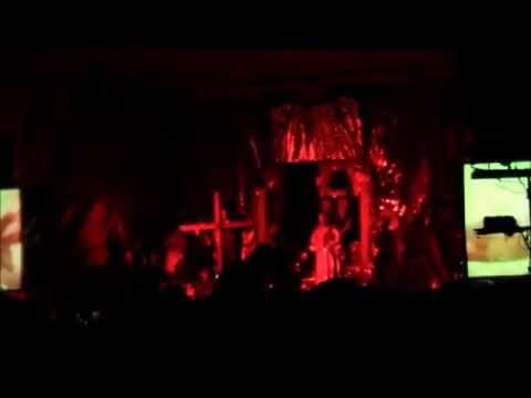 Kebaktian Gereja Setan (NYATA!!)