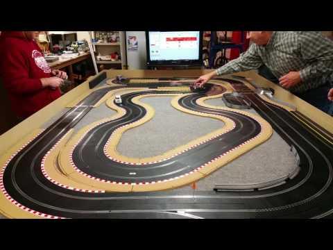 Scalextric  RCS64  Mini Countryman racing