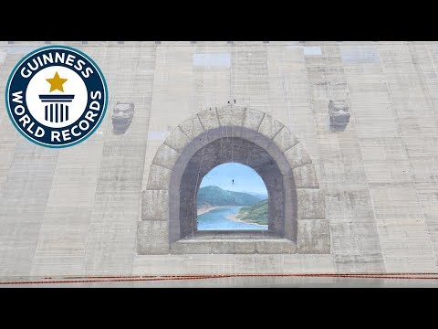 Largest anamorphic painting - Guinness World Records