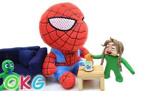 Green Baby Girlfriend got Teddy Bear Spiderman Toy