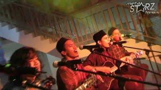 Raihan & Hujan [LIVE @ Kelana Sentral] Salam Aidilfitri Ayahanda dan Bonda [HD]