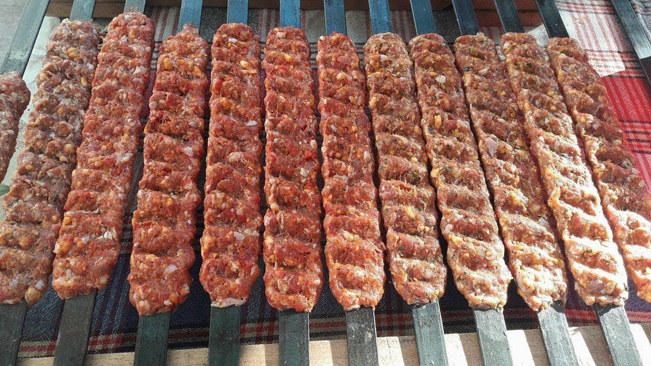 Adana Kebabı Nasıl Yapılır