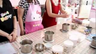 How to Make Ice Skin Moon Cakes
