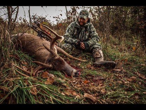 Self Filmed Illinois Bowhunting Buck: