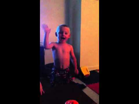 3yr old James singing Can't Hold Us acapella