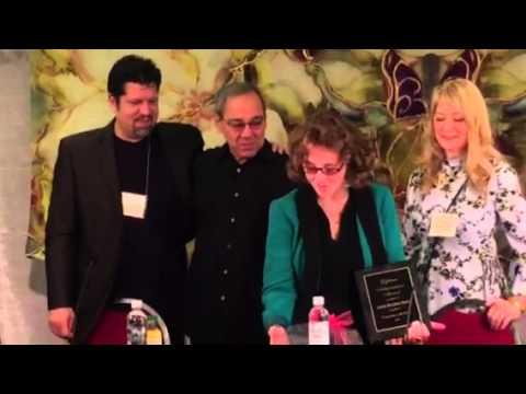 Linda Moulton Howe receives Lifetime Achievement award