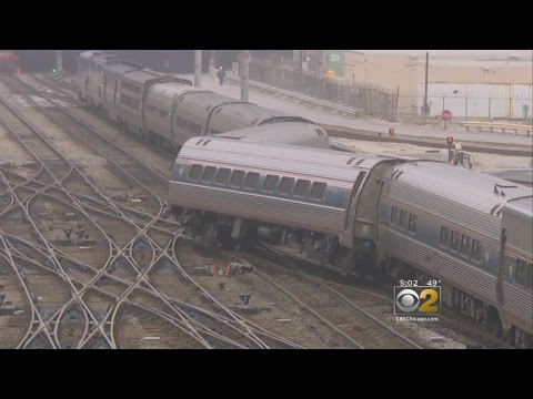 Amtrak Train Derails In South Loop