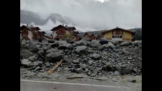 Maltempo, Dimaro il paese scomparso tra fango e detriti. Un morto e 200 sfollati ULTIMI ...