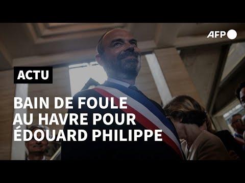 AFP: Réélu maire du Havre, Edouard Philippe s'offre un bain de foule | AFP
