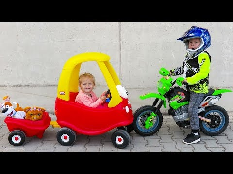 OUTDOOR ACTIVITY - Little Tikes Cozy COUPE with Elis and Thomas Ride on Power Wheel Dirt Bike