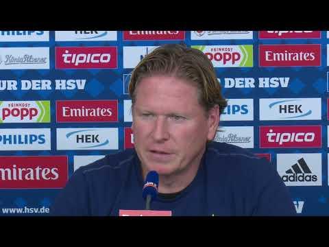 HSV-Trainer Gisdol vor dem Spiel gegen Stuttgart