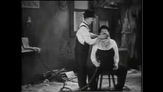 ローレル&ハーディ日本語字幕 BUSY BODDIES(1933)