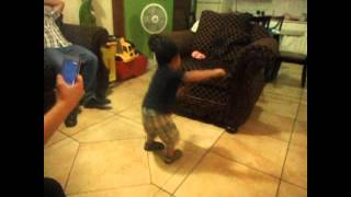 2 years old baby dancing