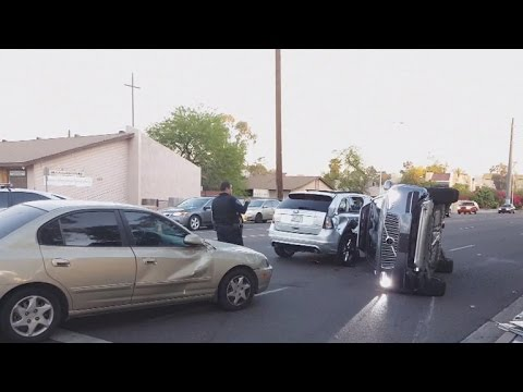 Uber suspends self-driving car program after crash