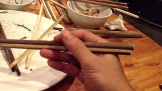 Cách cầm đũa