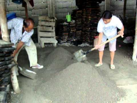 sand and cement mixing