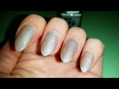 Лак для ногтей с голографическим эффектом