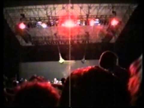 Pearl Jam - 1995-03-14 Canberra, Australia (Full Concert)