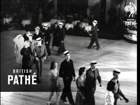 The Park Parade (1939)