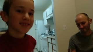 Арсен, аутизм, 7 лет. Первая электронная схема. Turn on the Light
