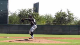 RHP Yosmer Solorzano, full AB (base hit), Instructs 10-1-2015