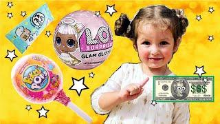 Little Girl Shopping For LOL, PikMiPops & MojMoj Toys/Покупаем сюрпризы в магазине игрушек в Америке