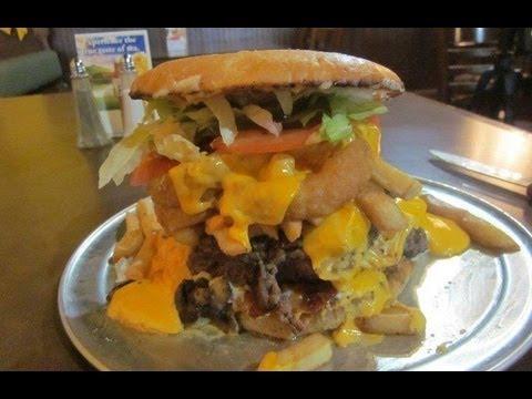 4lb BELT BUSTER Burger Challenge in Indianapolis!!