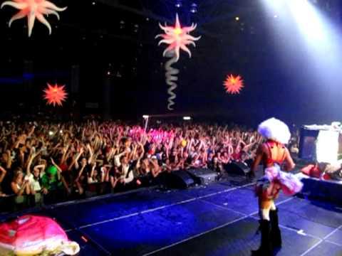 Steve Aoki & Lil Jon goin nuts at Freaknight 2010
