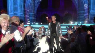 Johnny Logan - Hold Me Now (Musikantenstadl - Das Erste HD 2015 jun27)
