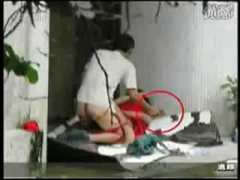 【閲覧注意】精神病女子をレイプする中国人
