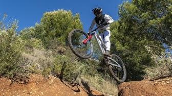 Leigh Johnson and Leo Kokkonen (following) Rides the Enduro track in La Zubia (XDURO)