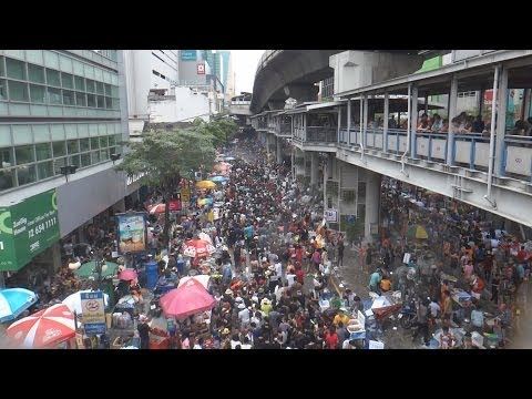 02 Happy Songkran Festival Khao San Silom [Short Version] - วันสงกรานต์ - Any Nou a Bangkok