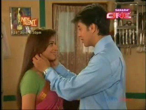 """""""Na Kajre Ki Dhaar""""-Raj & Rani"""