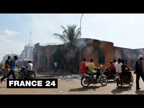 FOCUS - Chute de Blaise Compoaré : retour sur la révolution éclair du Burkina Faso