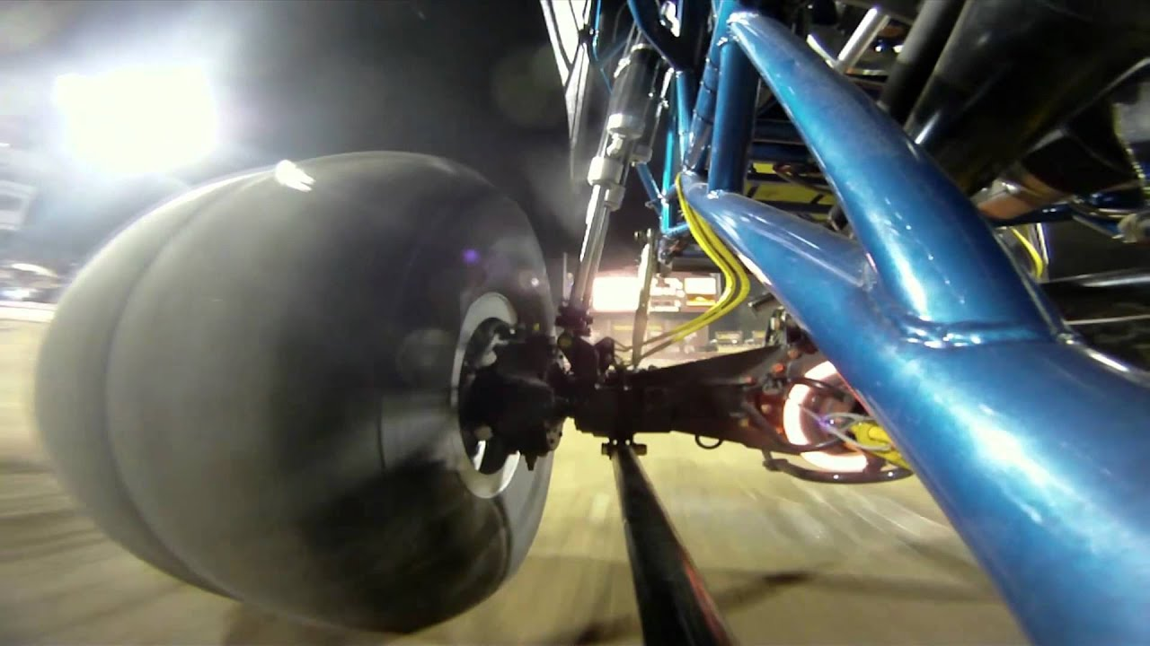 Monster Jam Las Vegas >> GoPro HD: Advance Auto Parts Monster Jam World Finals -- Las Vegas 2011 - YouTube