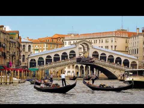 Rialto Bridge | Location Picture Gallery |One Of The Most Famous & Best Landmark Of The World