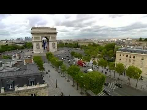 Place Charles de Gaulle in Paris | euromaxx