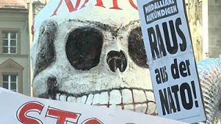 Raw: Anti-nato Protesters March In Munich