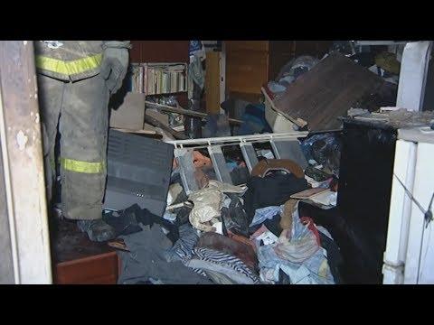 Юный Плюшкин закрыл горящую квартиру...